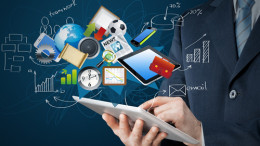 What trends are accelerating HR analytics adoption?